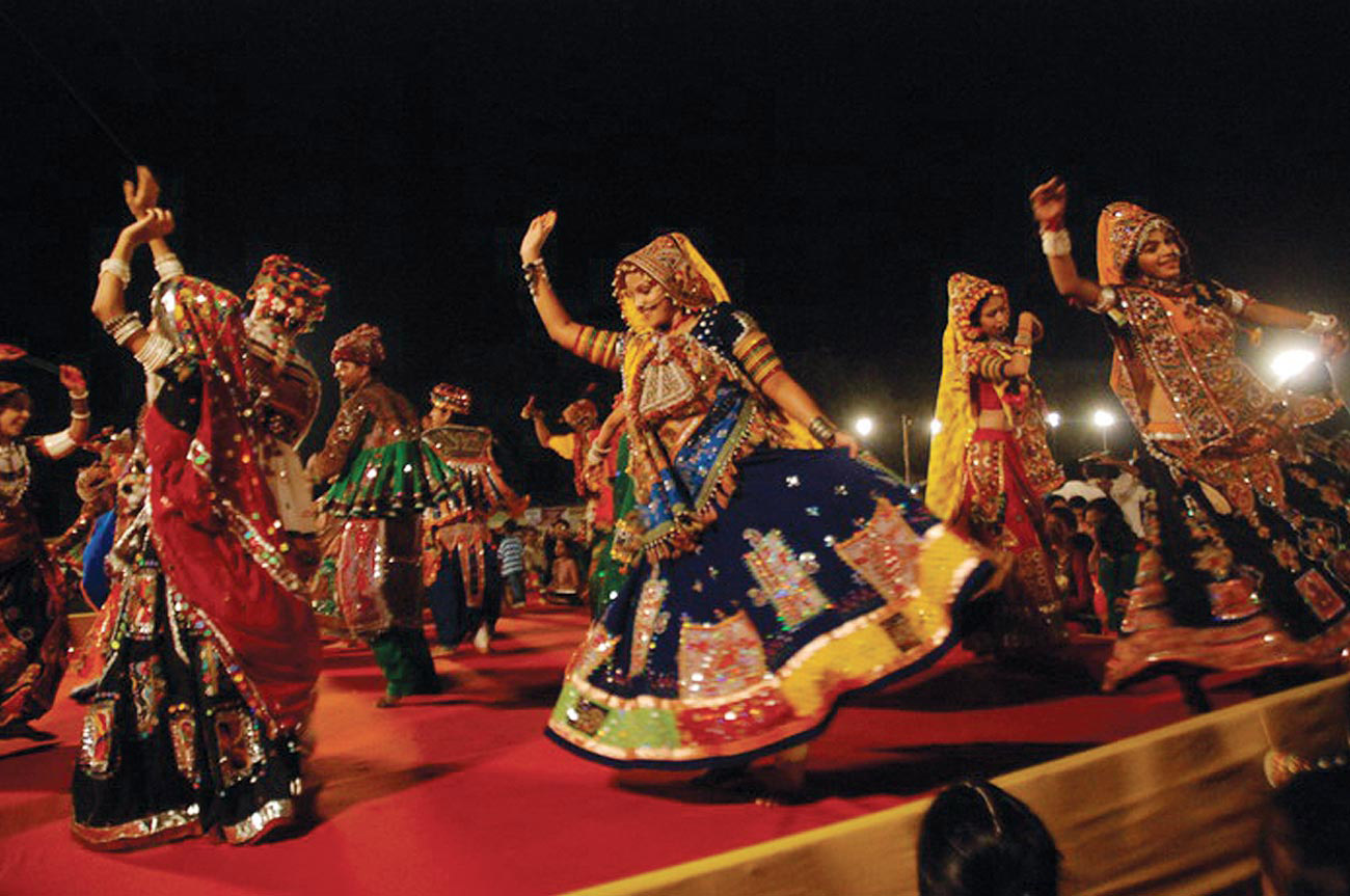 Navratri Garba 2013 Festival In India