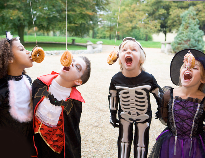 Halloween Party Games: Simple and Fun, not too scary