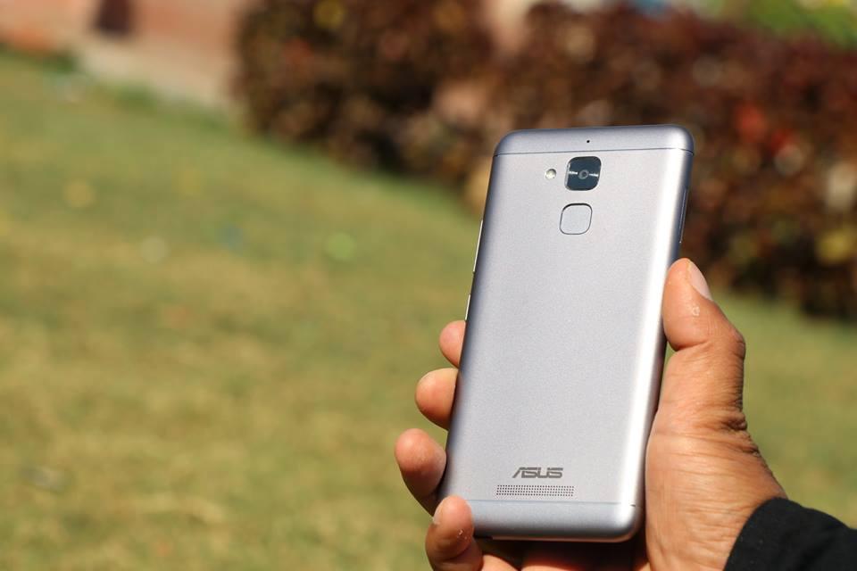 ASUS-Zenfone-3-max-Back